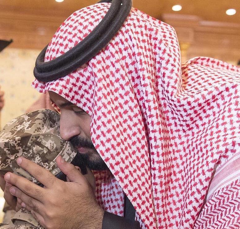 محمد-بن-سلمان-وابناء-الشهيد-السهيان (1)