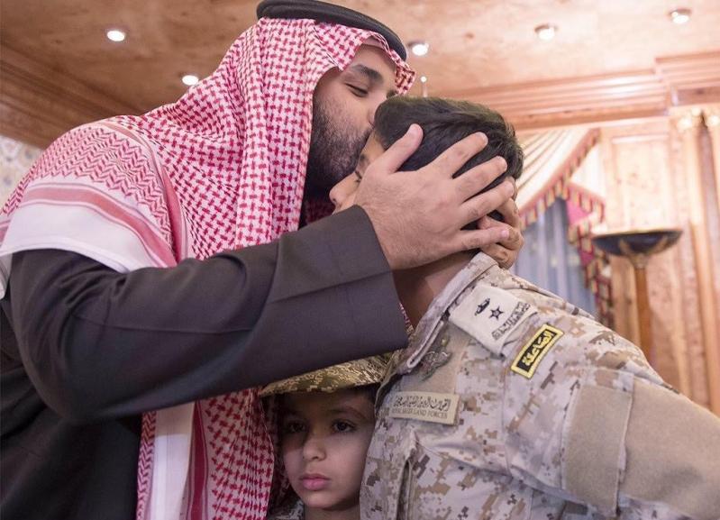 محمد-بن-سلمان-وابناء-الشهيد-السهيان (4)