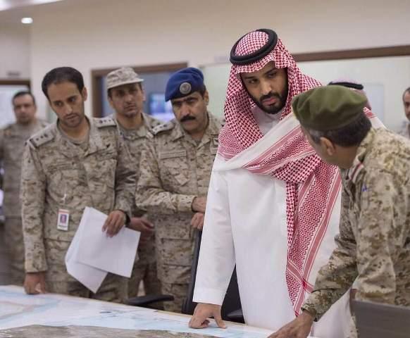 محمد بن سلمان.. تفقد الحدود واتجه لدك معاقل الحوثيين