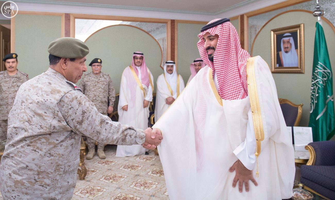 محمد بن سلمان يستقبل كبار القادة والمسئولين في وزارة الدفاع بمناسبة عيد الفطر (3)