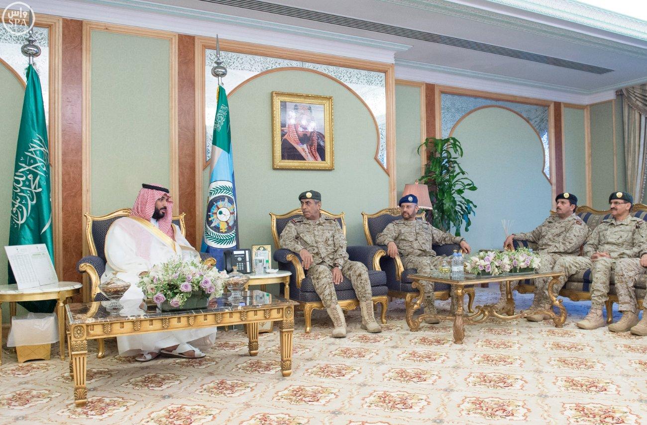 محمد بن سلمان يستقبل كبار القادة والمسئولين في وزارة الدفاع بمناسبة عيد الفطر (6)
