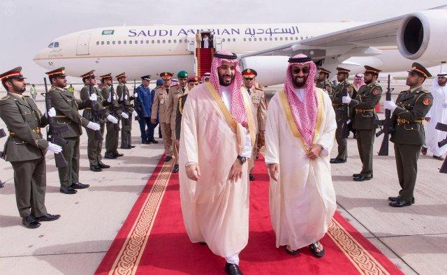 """محمد بن سلمان في الإمارات لحضور مؤتمر """"آيدكس"""" - المواطن"""