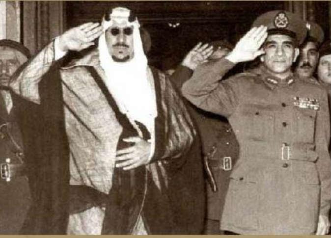 محمد نجيب والملك سعود