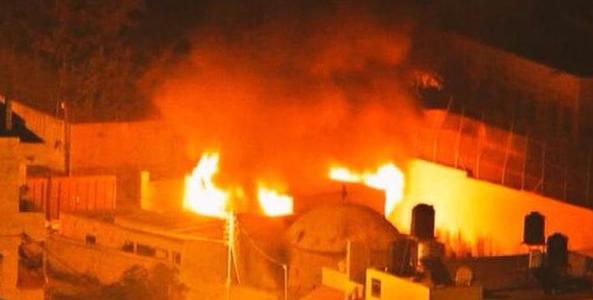 محمود عباس يدين اضرام النار في قبر يوسف