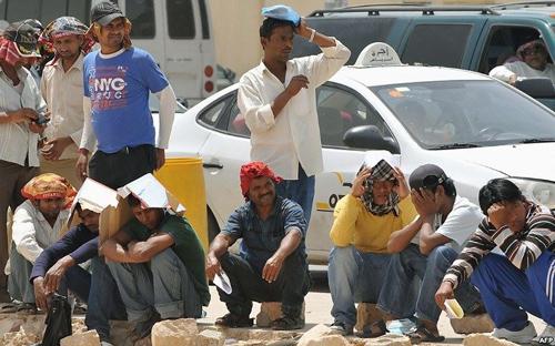"""""""شرطة الجبيل"""" تضبط 132 مخالفًا لنظامي الإقامة والعمل - المواطن"""
