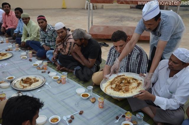 مخيمات-الإفطار-بنجران (11)