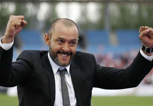 مدرب فريق فالنسيا السابق نونو سبيريتو سانتو