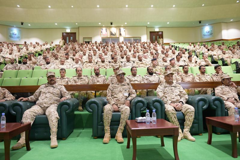 مدرسة-سلاح-الاشارة-بالحرس-الوطني-تخريج-دورات-تدريبية (2)