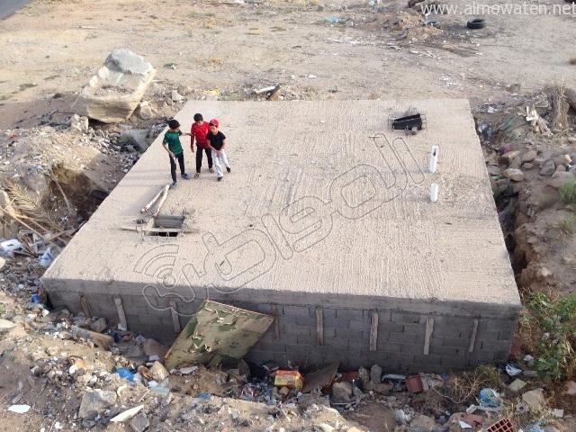 مدرسة متعثرة تجمع مجهولي الإقامة وأرباب السوابق والأطفال بالخميس (5)