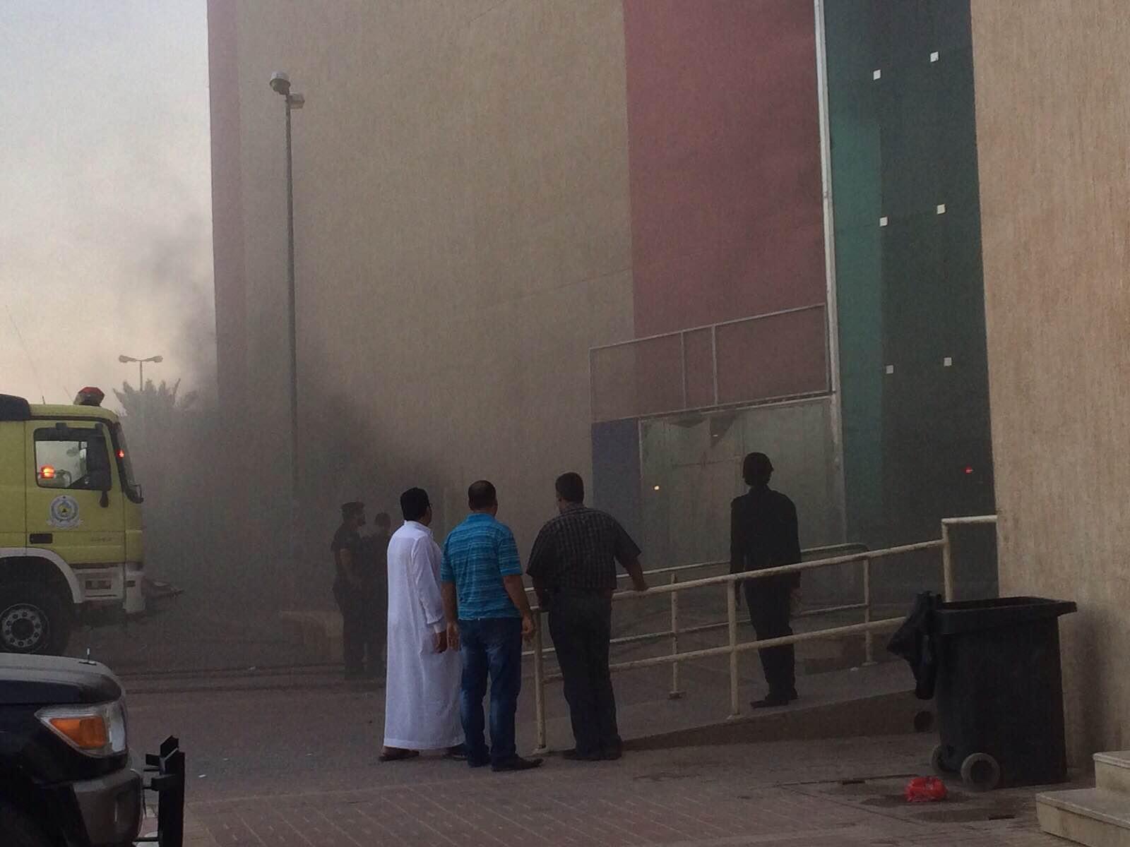 مدني #الخرج يخمد حريقًا هائلًا بمجمع #جو_مول التجاري (2)