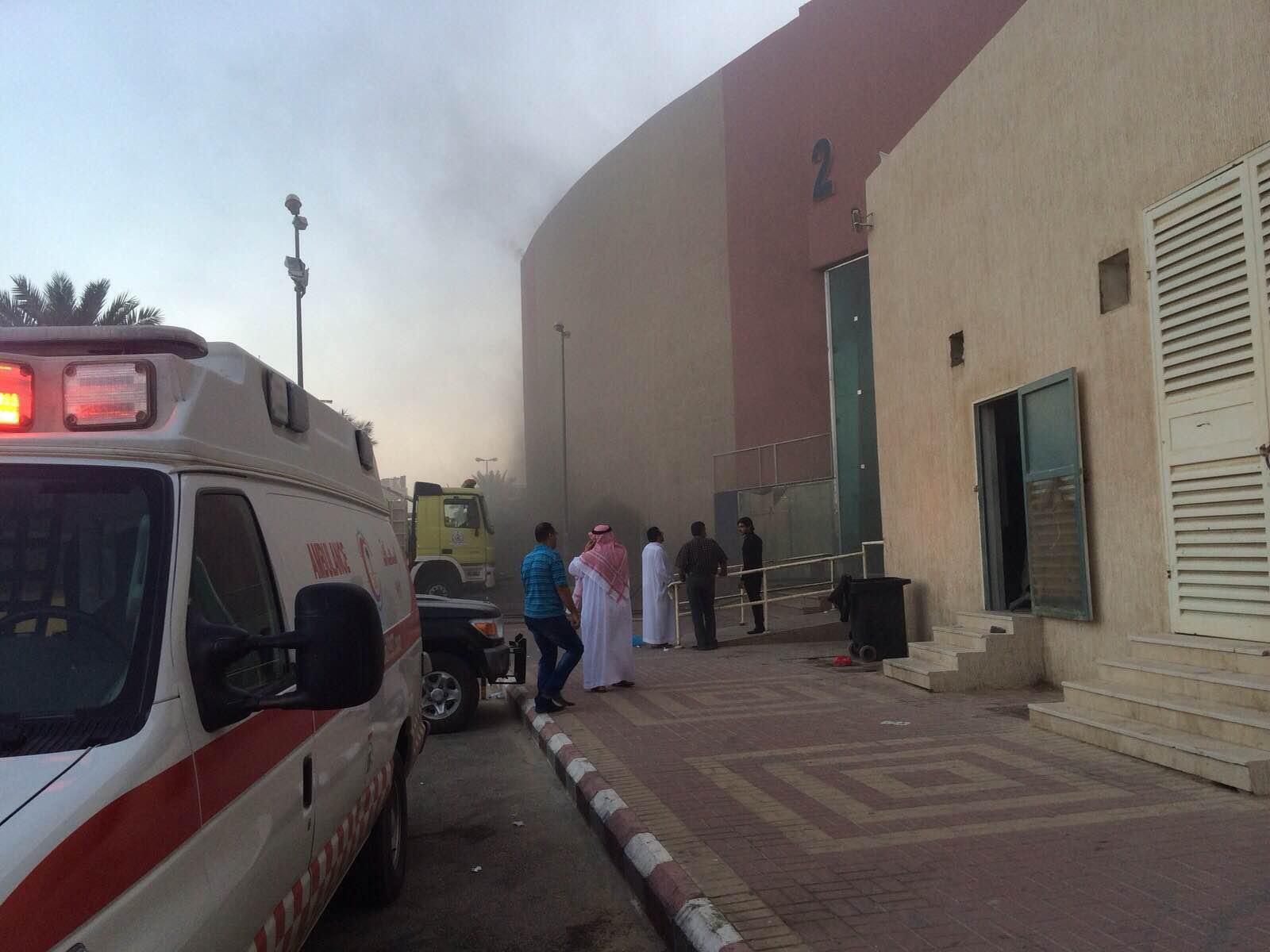 مدني #الخرج يخمد حريقًا هائلًا بمجمع #جو_مول التجاري (3)