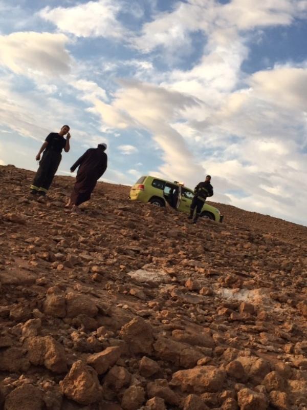 مدني #الشمالية ينقذ 11 شخصًا علقت مركباتهم في الأمطار  (5)