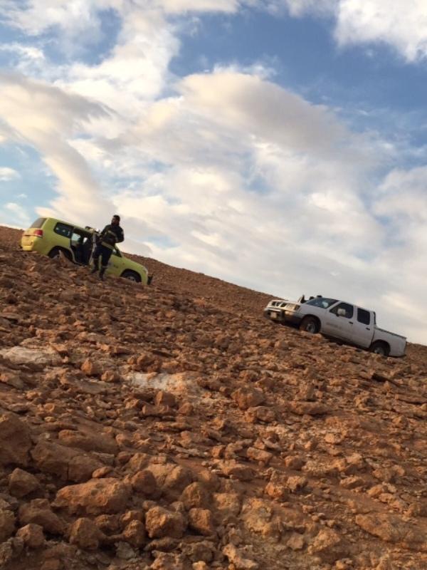 مدني #الشمالية ينقذ 11 شخصًا علقت مركباتهم في الأمطار  (9)