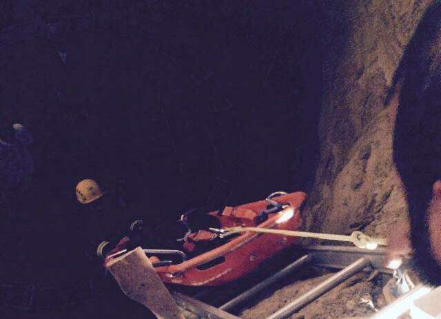 مدني بيشه ينقذ شاب سقط بخزان تحت الانشاء (4)