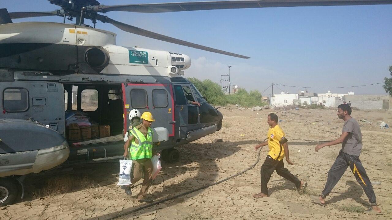 مدني جازان يمشط وادي قصي لبحث عن مفقود وتصريف مياه سد وادي بيش (6)