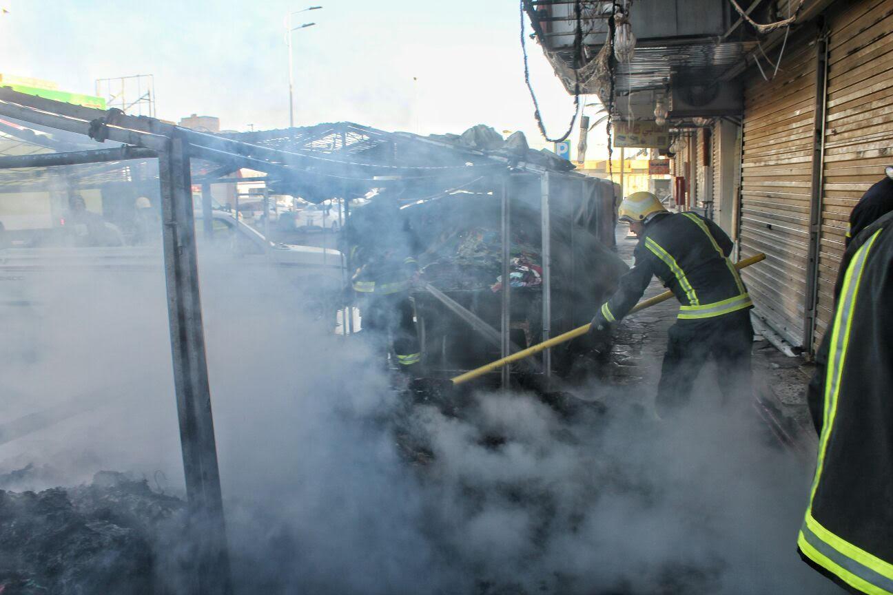 مدني حائل يباشر حريق بمباسط نسائية بسوق برزان (5)