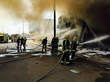 مدني حفر الباطن يخمد حريق 3