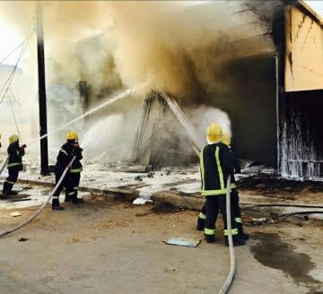 مدني حفر الباطن يخمد حريق