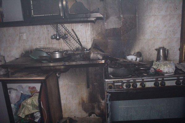 مدني سكاكا يخمد حريق بحي اللقائط (1)