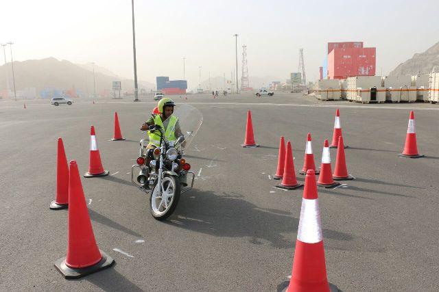 مدني-مكة-يستعرض-بالدراجات-النارية (5)