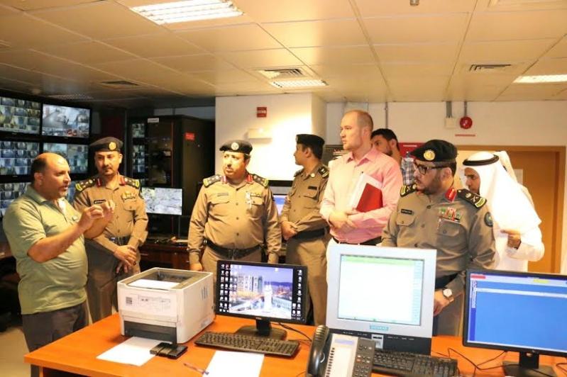 مدير مدني #مكة يتفقد محاور السلامة الوقائية بفندق أنجم