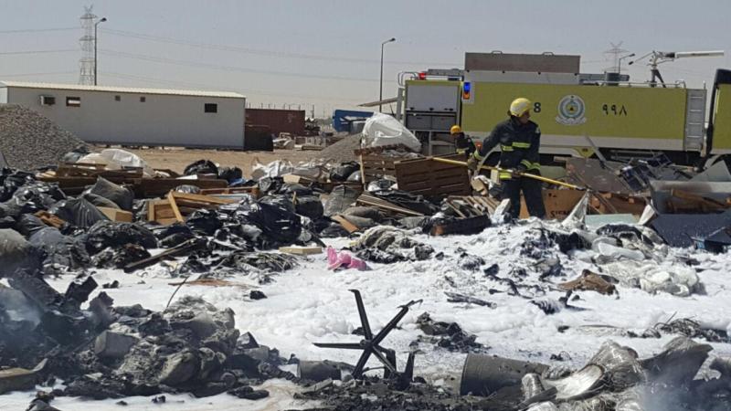 مدني ينبع يباشر حريقاً في شركة واحة الالياف الزجاجية 1