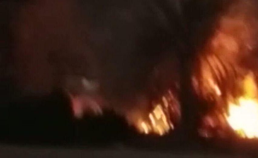 مدني-ينبع-يخمد-حريق-بمزارع-ابوقرن (1)