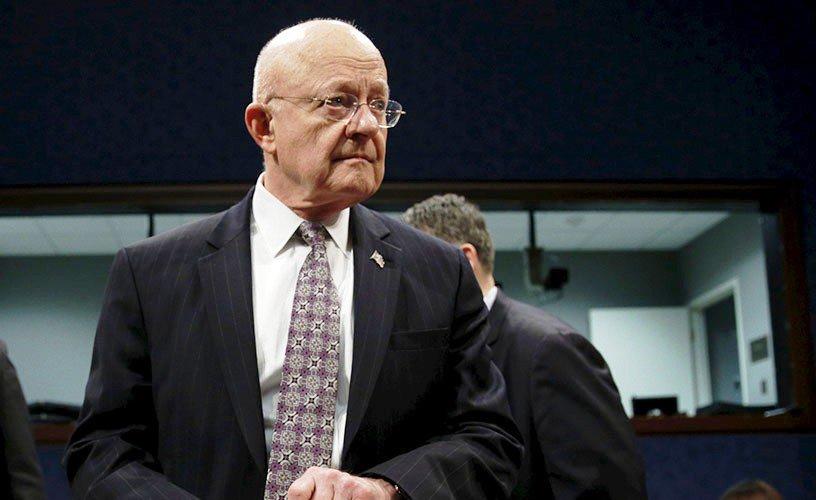 مدير الاستخبارات الأمريكية يقدم استقالته
