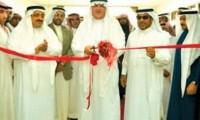 مدير جامعة الملك فيصل يفتتح معرض الخط العربي بكلية الآداب