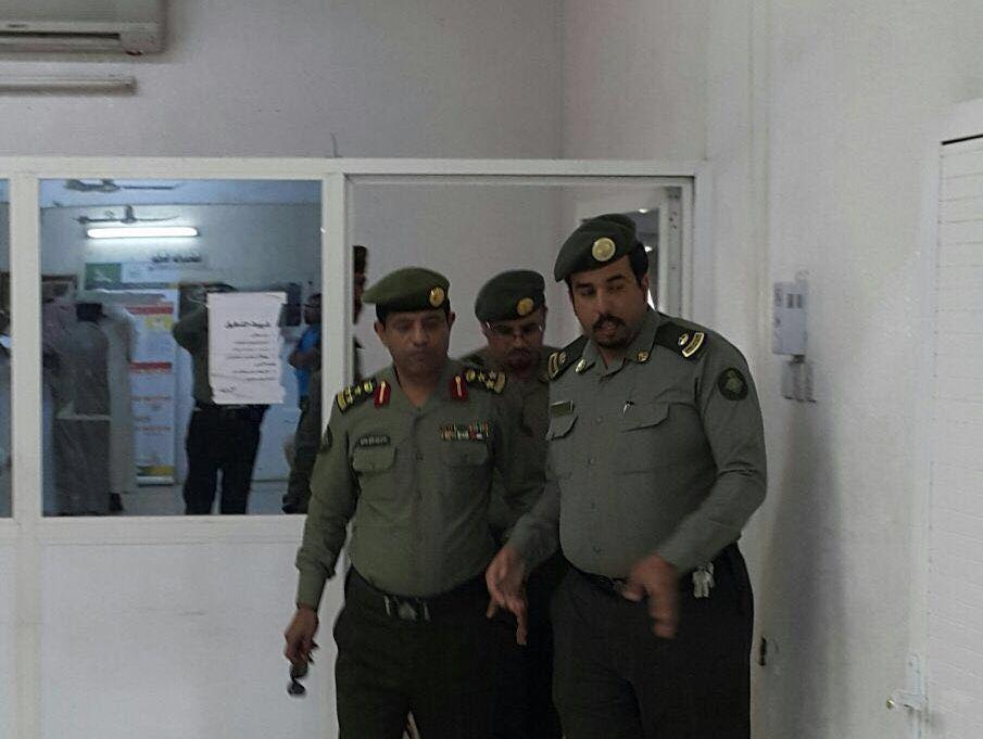 مدير جوازات عسير العميد سعد بن ابراهيم الخالدي يتفقد ادارة جوازات محافظة محايل (2)