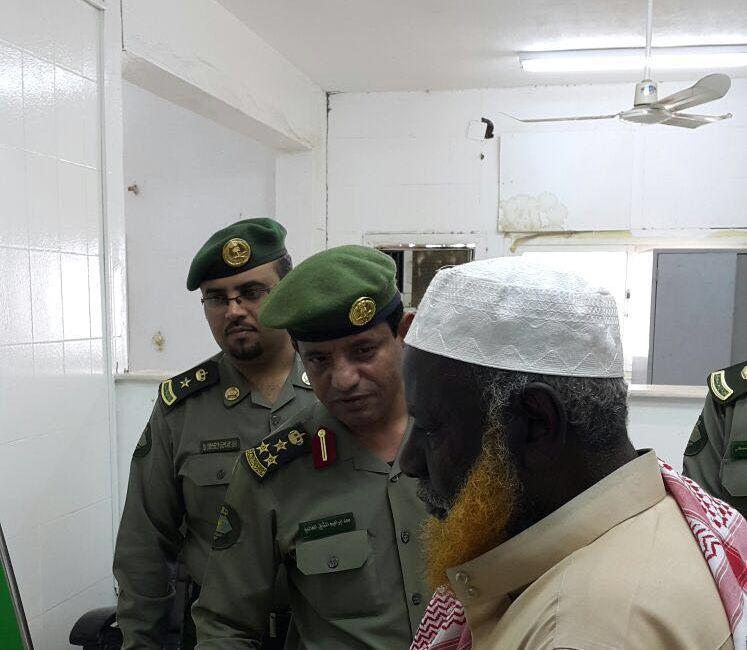 مدير جوازات عسير العميد سعد بن ابراهيم الخالدي يتفقد ادارة جوازات محافظة محايل (4)