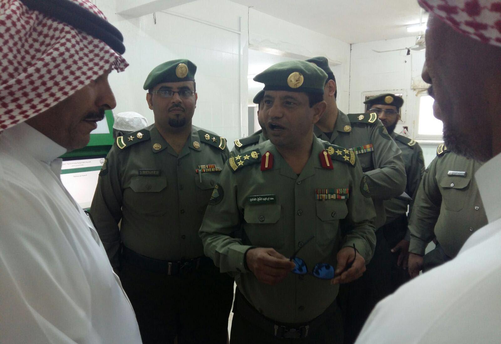 مدير جوازات عسير العميد سعد بن ابراهيم الخالدي يتفقد ادارة جوازات محافظة محايل (5)