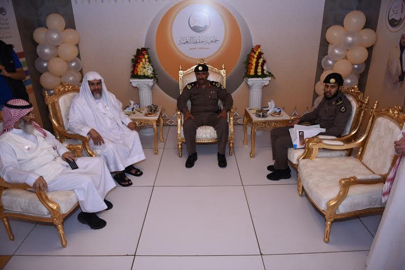 مدير شرطة عسير يزور خيمة أبها السياحية الدعوية 4