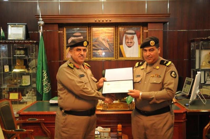 مدير شرطة منطقة الجوف يكرم عددا من ضباط وأفراد شرطة6