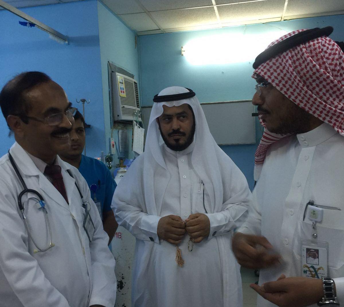 مدير صحة جازان يتفقد المشاريع الصحية بالعارضة (1)