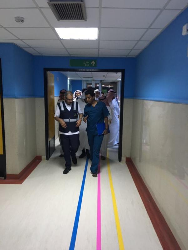 مدير صحة جازان يزور مستشفيات الحد الجنوبي (1) 