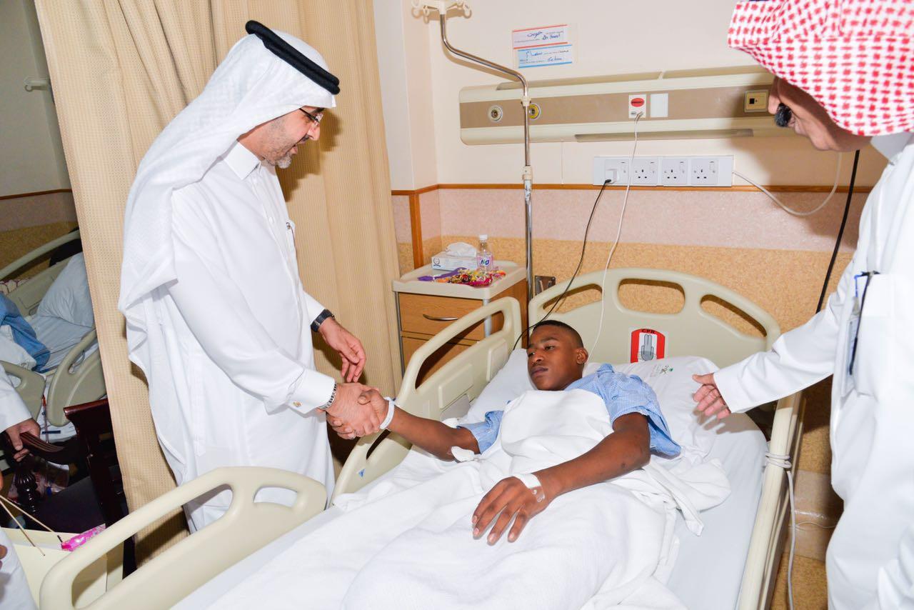 مدير صحة جدة يهيب بالعاملين في المستشفيات لبذل المزيد من الجهود  (3)