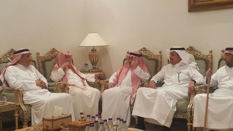 مدير عام الخطوط السعودية يواسي الخزام في وفاة ابنه