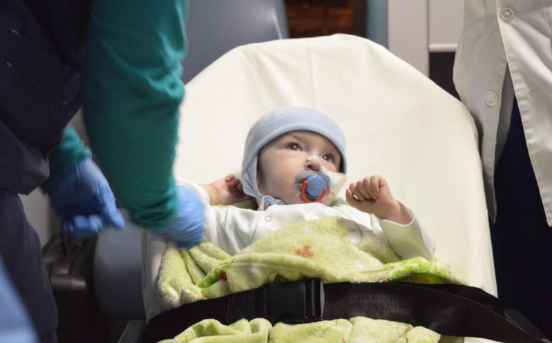 مدينة الملك عبدالعزيز تباشر حالة نادرة لطفل بولندي