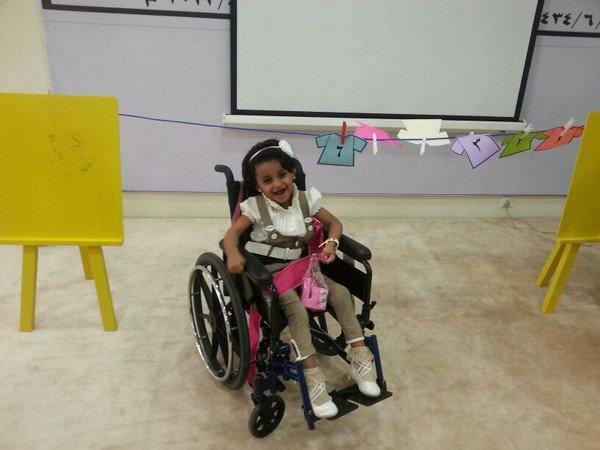 مرابط يناشد التكفل بعلاج طفلته المصابة بشلل نصفي