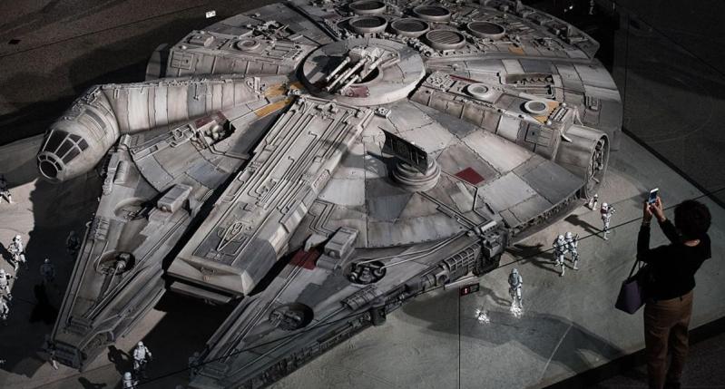 مركبة صقر الألفية في فيلم حرب النجوم