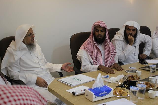 مركز إشراف الدائري الغربي يناقش مع تحفيظ الرياض الخطة الميدانية