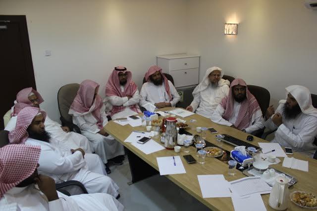 مركز إشراف الدائري الغربي يناقش مع تحفيظ الرياض الخطة الميدانية 3