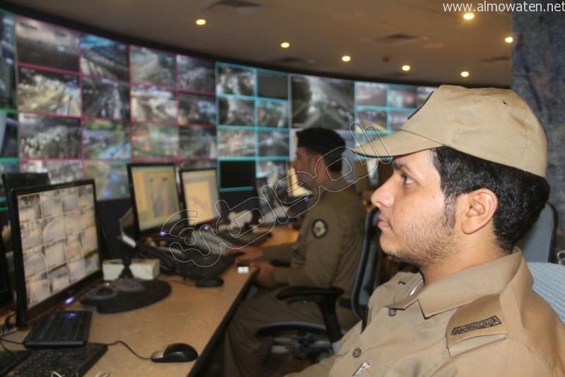 مركز القيادة والسيطرة بمبنى الأمن العام (60)