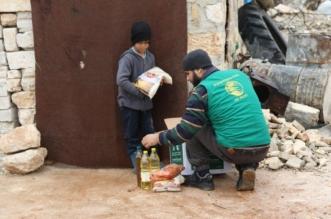 مركز الملك سلمان ينفذ حملة مساعدات للنازحين من حلب وإدلب - المواطن