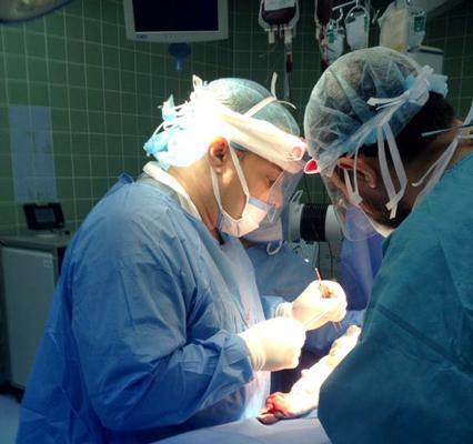 مستشفى طب جراحة جراحه عملية عمليه