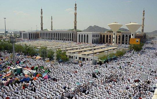 مسجد-نمرة-بعرفات