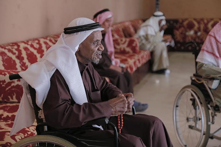 مسن بدار الرعاية الاجتماعية بالرياض عادت له حاسة الإبصار بعد أن فقدها لمدة ٩ سنوات3