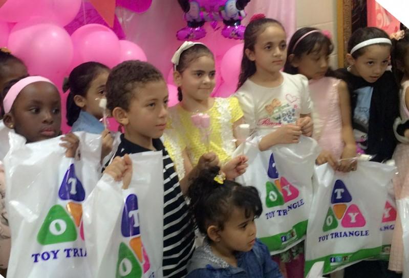 مشاركة أطفال مكة المكرمة ببصمة الإبداع في حملة التوعية بسرطان الثدي -2
