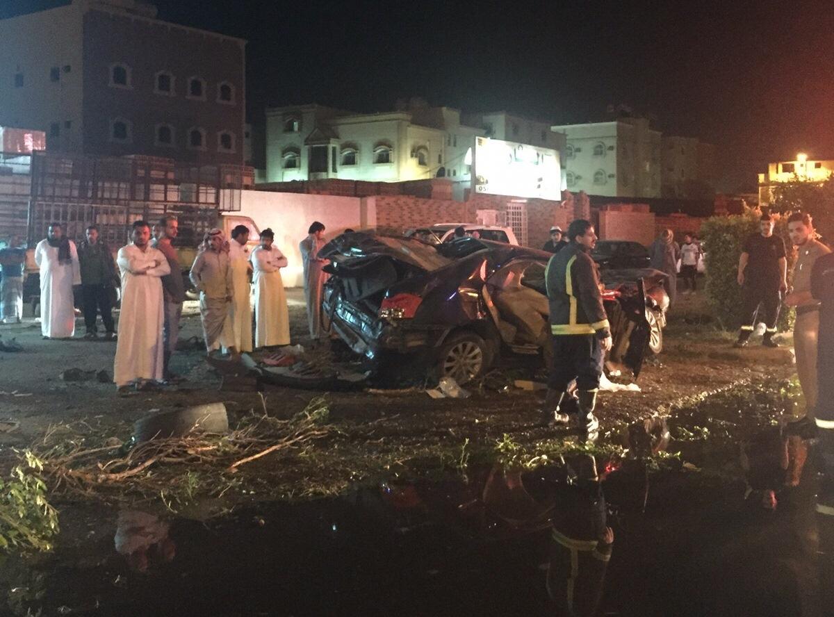 مصرع مواطن إثر انقلاب سيارته في الطائف (4)